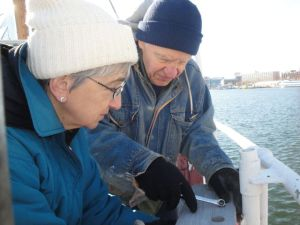 Photo by Anne Puppa Barbara and Lawrence Witucki remove the swab rack.