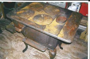 Stove before restoration.